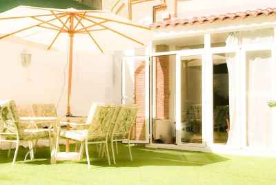 Spacious apartment with a garden in Sant Gervasi area in Barcelona